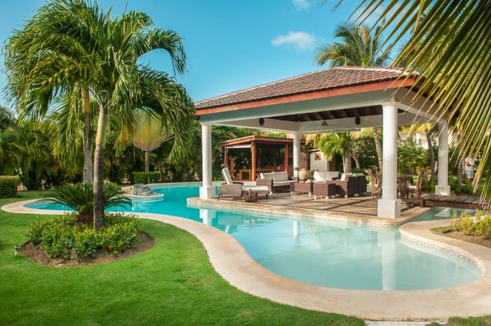 Villa wyss punta cana palmera villas vacation rentals for Punta cana villa rentals