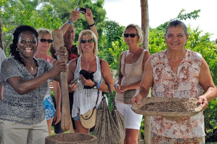 Caribbean VIP safari organic coffe and chocolate