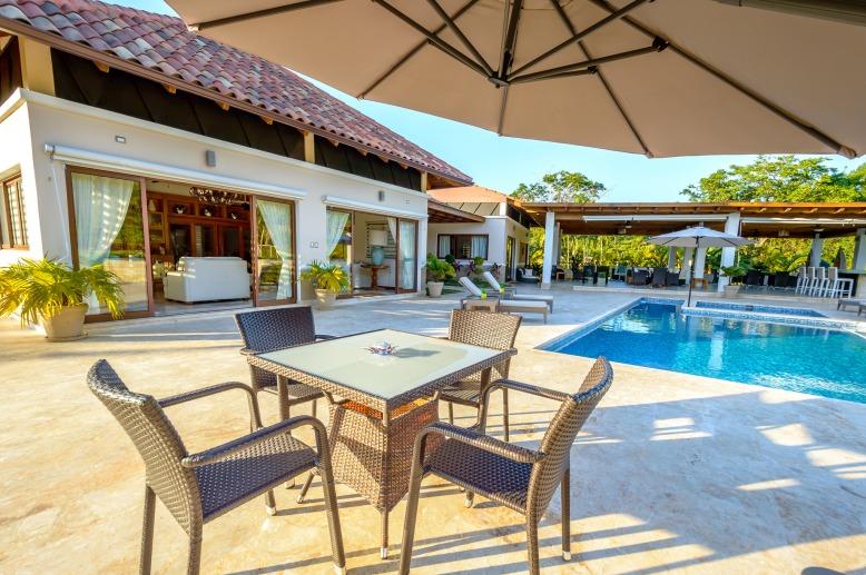 Las Cañas 20 - www.palmeravillas.com