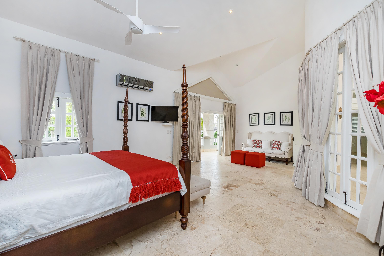 Villa Blanca Master Bedroom