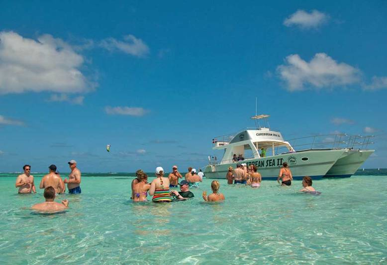 CARIBBEAN SEA EXCLUSIVE VIP CATAMARAN.jpg