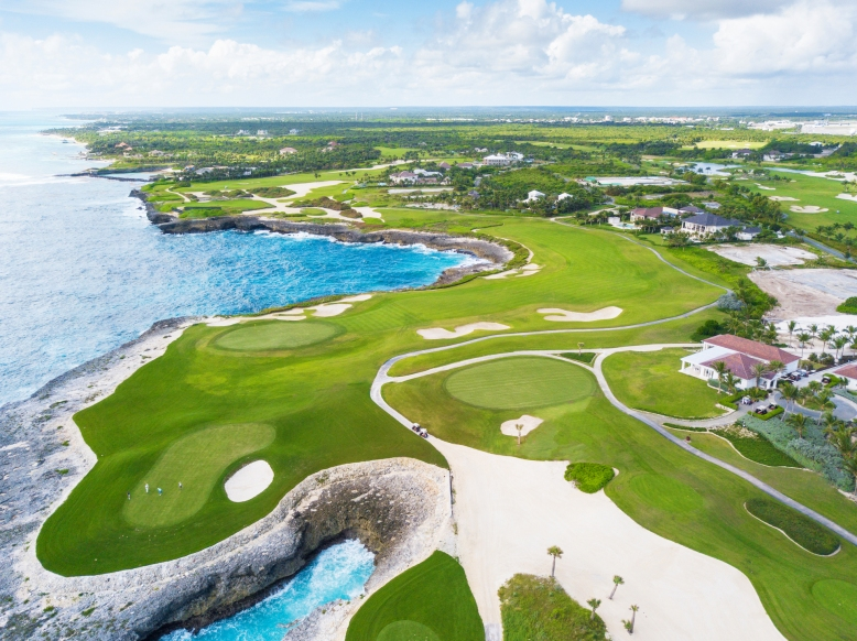 Corales Golf Course 18 Devils Elbow Puntacana Resort & Club.jpg